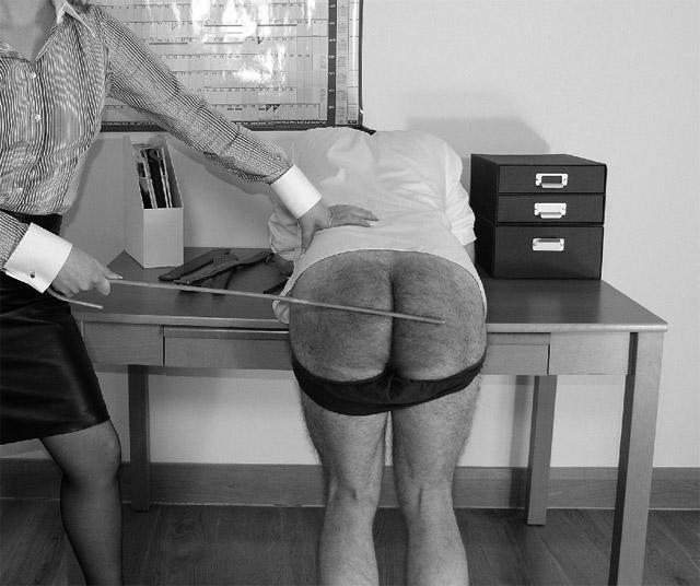 Secretaria azota al jefe, el blog del deseo